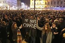 Středeční pietní shromáždění v Marseille.