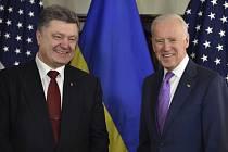 Ukrajinský prezident Porošenko s Joe Bidenem