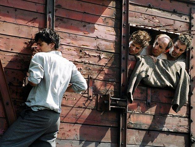 Záběr z filmu Poslední vlak. Ilustrační foto.
