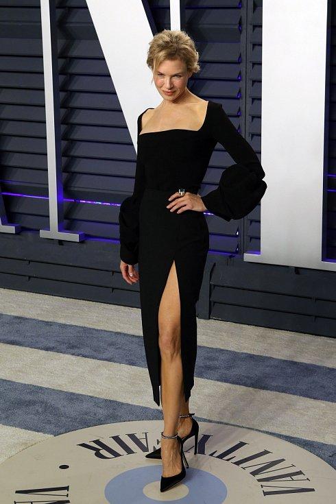 Renée Zellwegerová září, kam přijde.