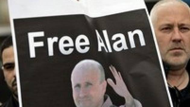 Na palestinských územích začala kampaň za osvobození Alana Johnstona před týdnem. Palestinští novináři vyhlásili stávku a odmítli podávat zprávy o vládě a prezidentovi.