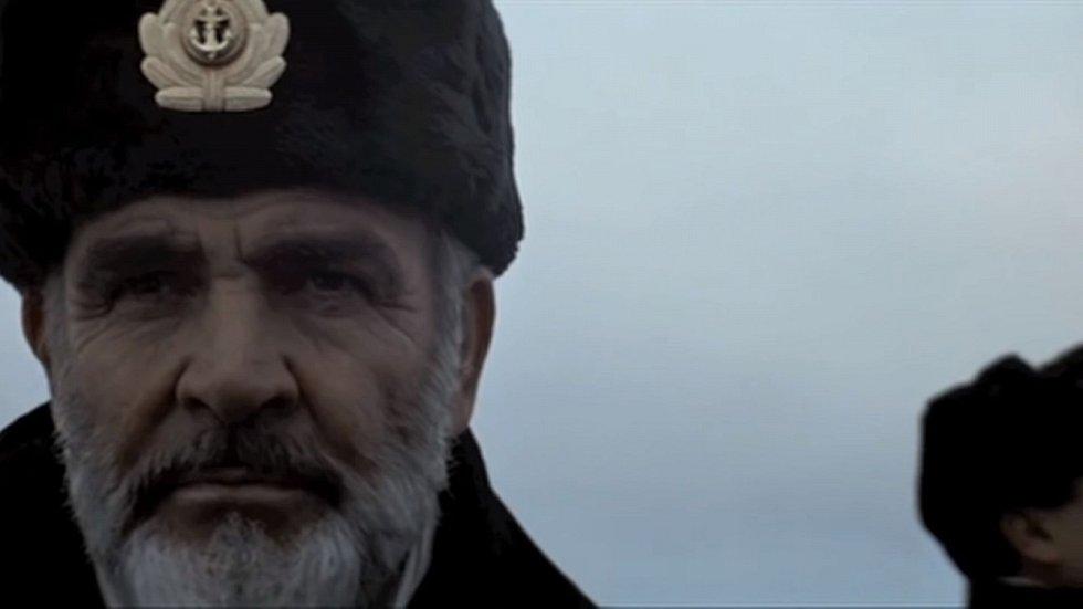 Sean Connery jako litevský kapitán Ramius ve filmu režiséra Johna McTiernana Hon na ponorku