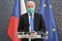 Náměstek ministra zdravotnictví Roman Prymula vystoupil 7. května 2020 v Praze na tiskové konferenci po jednání vlády k dalším opatřením na pomoc při řešení dopadů epidemie koronaviru