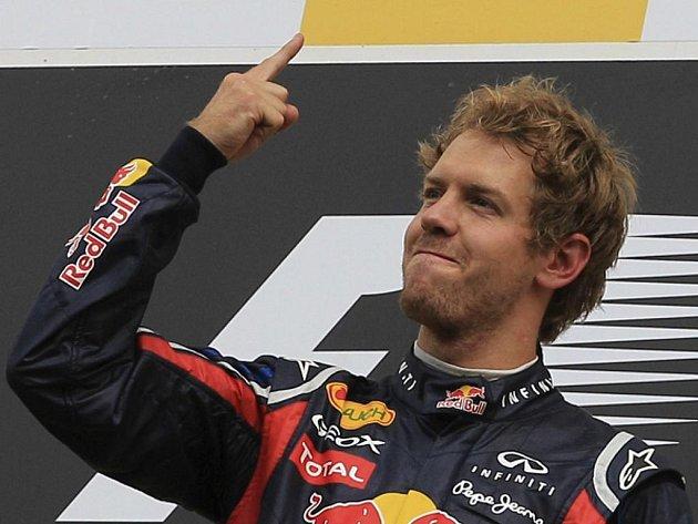 Sebastian Vettel ovládl Velkou cenu Belgie.