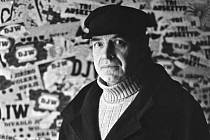 Scénárista Jan Jílek na archívním snímku z roku 1979