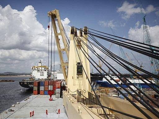 NEJVĚTŠÍ. Německá Svenja je největší lodí určenou pro nákladní přepravu ropy na světě. Brzy se dočká sesterského plavidla.