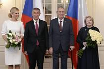 Ivana a Miloš Zemanovi a Monika a Andrej Babišovi v Lánech na novoročním obědě 2019