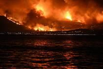 Hasiči v Řecku bojují s rozsáhlými požáry