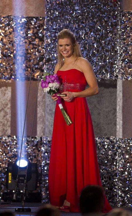 Biatlonistka Gabriela Soukalová převzala na Sportovci roku cenu za páté místo.