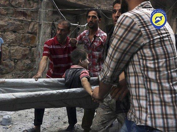 Při bojích v syrském Halabu dnes přišly o život čtyři děti.