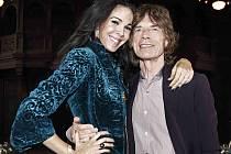 Proslulá americká módní návrhářka a dlouholetá partnerka zpěváka Micka Jaggera L´Wren Scottová byla nalezena mrtvá ve svém bytě na Manhattanu.