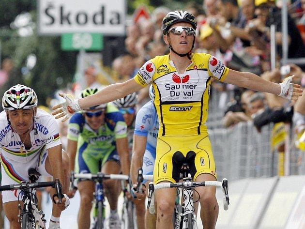 Vítěz osmé etapy Riccardo Ricco.