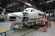 Výroba L-410 NG v kunovickém závodu Aircraft Industries.