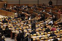 Belgický europoslanec Guy Verhofstadt hovoří na jednání Evopského parlamentu v Bruselu na snímku z 29. ledna 2020