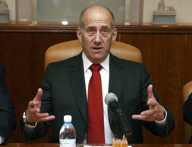 Izraelský premiér Ehud Olmert údajně nabízí Sýrii, že se židovský stát stáhne z Golan výměnou za mír.