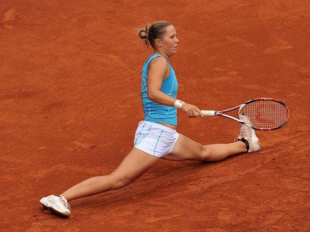 Lucie Hradecká se na Štvanici poroučela ve čtvrtfinále.