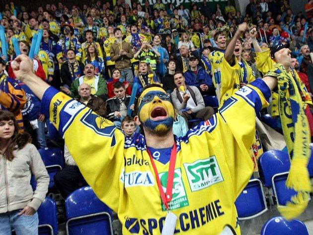 První utkání baráže o extraligu vyhráli hokejisté Ústí.