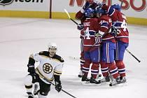 Radost a rozčarování. Smutek bostonského Medvěda Axelssona kontrastuje s radostí montrealských Kanaďanů.