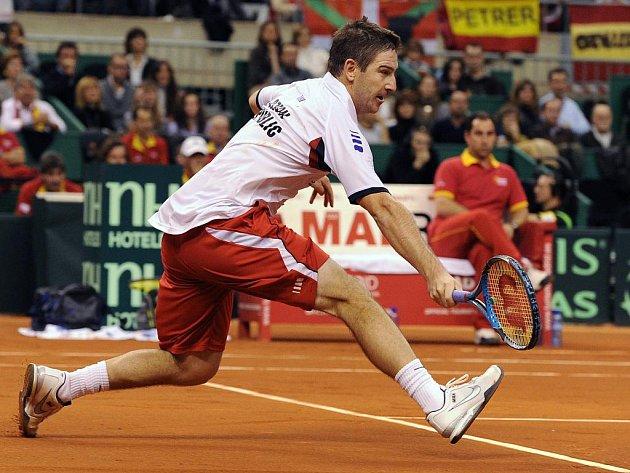 Jan Hájek ve finále Davis Cupu proti Španělsku.