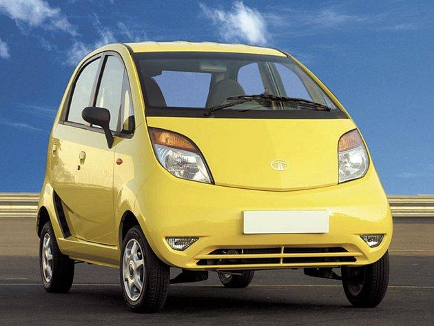 Indická společnost Tata Group Ltd představila svůj nový vůz - nejmenší na světě