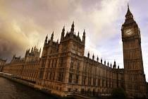 Britský parlament v Londýně. Ilustrační foto