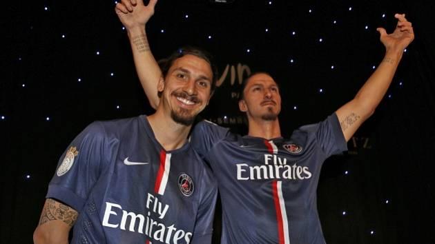 Zlatan Ibrahimovic se svým voskovým dvojníkem.