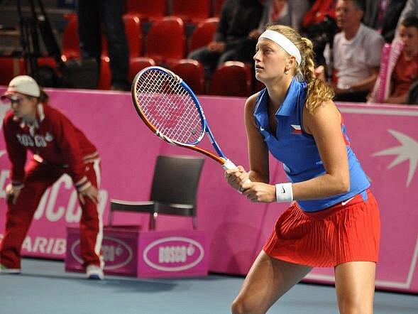 Petra Kvitová v utkání s Belgičankou Kirsten Flipkensovou.