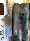 nejstarší dochované Straussovy džíny, z roku 1880