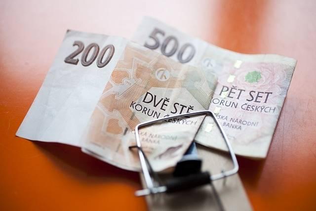 Šmejdi, peníze. Ilustrační foto