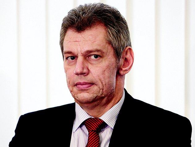 Náměstek Jaroslav Hrubeš.