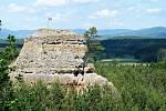 Hradčanské stěny v Ralsku - Tvarožník