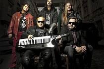 Šestileté čekání na návrat legendární rockové kapely na koncertní pódia končí. Turné Pražský výběr 2012 startuje v pátek.