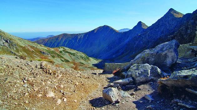 Roháče jsou jeden z geomorfologických okrsků Západních Tater na Slovensku a částečně i v Polsku.