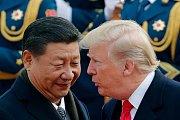 Čínský prezident Si Ťin-pching a americký prezident Donald Trump