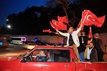Oslavy výsledků tureckého referenda