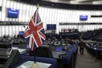 Britská vlaječka v Evropském parlamentu - ilustrační foto.