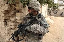 Americký voják v Iráku.