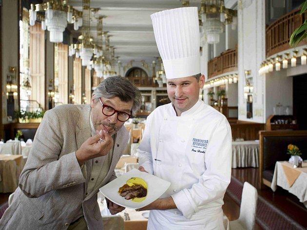 TK k letošnímu VII. ročníku Prague Food Festivalu proběhla 20. května ve Francouzské restauraci Art Nouveau v pražském Obecním domě. Na snímku Pavel Maurer a šéfkuchař Jan Horký.