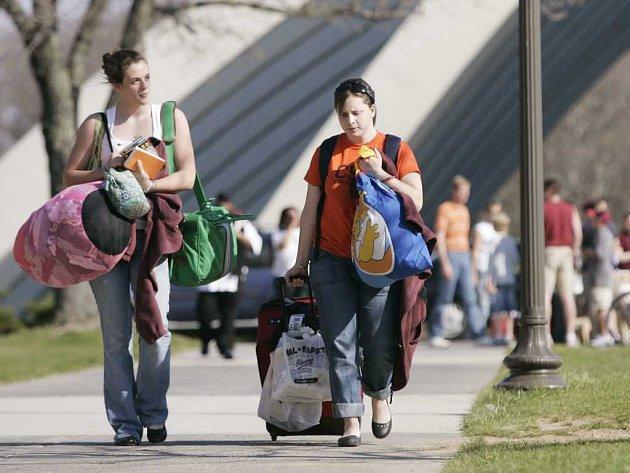 Studenti se pomalu vracejí do zaběhnutého denního režimu.