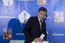 Trenér hokejové reprezentace Josef Jandač.