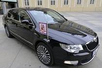 Auto pro Zemana - Vozidlo náleží k řadě Laurin a Klement, do které patří nejlépe vybavená auta Škody.