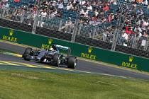 Lewis Hamilton při tréninku na Velkou cenu Austrálie