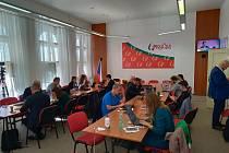Sledování sčítání výsledků voleb v sídle KSČM.