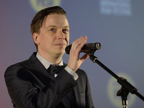 Islandský režisér Baldvin Zophoníasson převzal 27. března v Praze na filmovém festivalu Febiofest cenu Grand Prix soutěže Nová Evropa za snímek Život v akvárku.