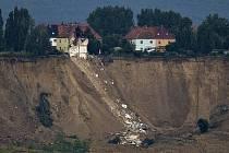 Sesuvy půdy v Německu si vyžádaly 3 lidské životy