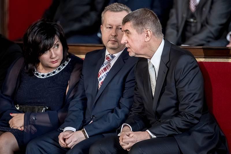 Inaugurace prezidenta Miloše Zemana pro jeho druhé funkční období probíhala 8. března ve Vladislavském sále Pražského hradu. Alena Schillerová, Richard Brabec, Andrej Babiš.