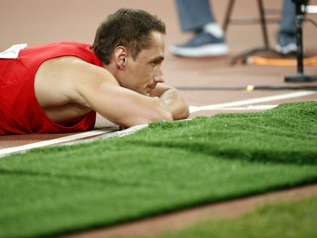 Oštěpař Vítězslav Veselý po jednom z finálových hodů na MS v Pekingu.