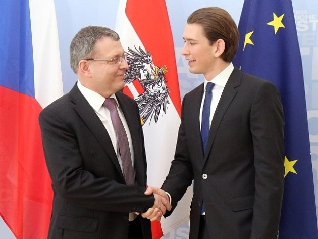 Lubomír Zaorálek a Sebastian Kurz