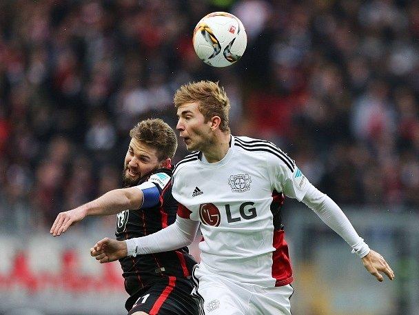 Marc Stendera z Frankfurtu a Christoph Kramer z Leverkusenu