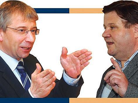 Ministr práce a sociálních věcí Jaromír Drábek a jeho stínový oponent Zdeněk Škromach z ČSSD.